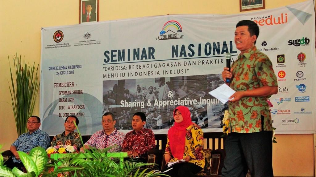 Seminar (22)