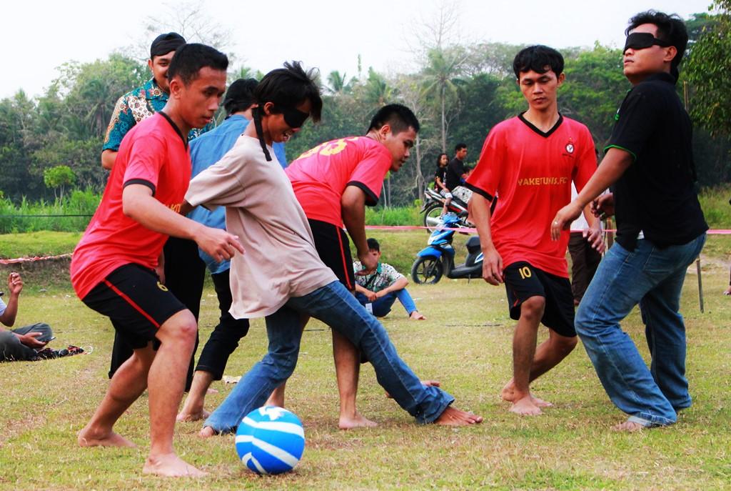 Sepakbola Netra (3)